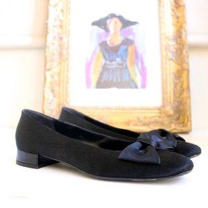 Salvatore Ferragamo Vintage Bow Heels